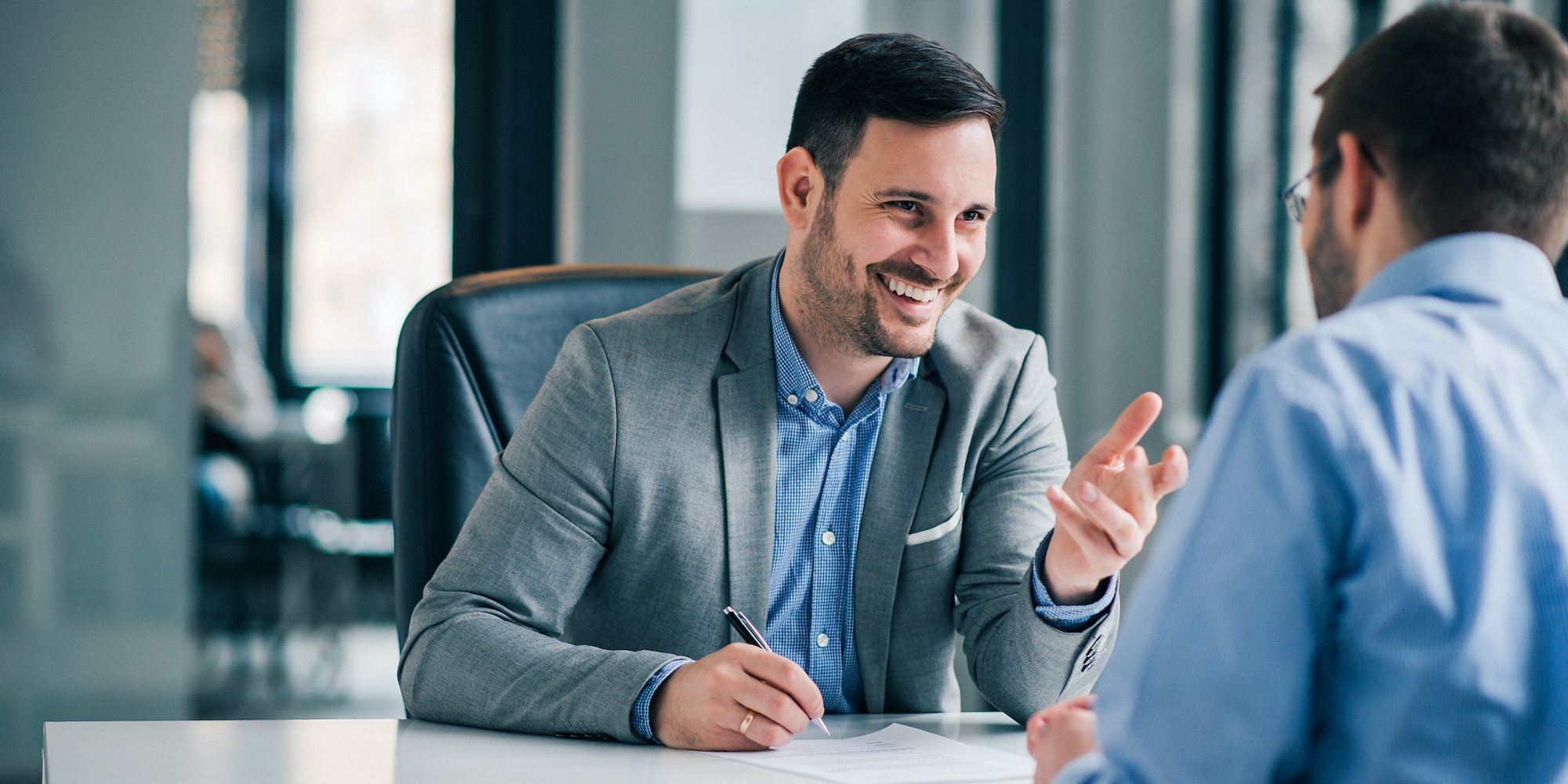 """How to Respond to """"Walk Me Through Your Resume""""—and Get Your Interview Started on the Right Note"""