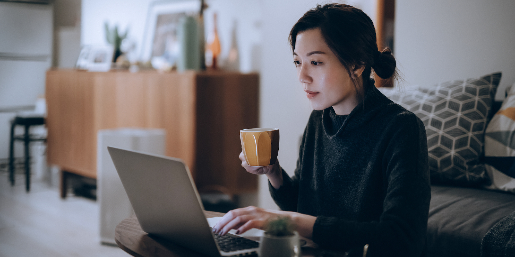 Should You Work Remotely Even After the Pandemic? Here's What to Know Before You Decide