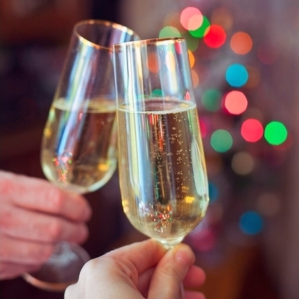 Pop the Cork! Your Pre-NYE Guide to Sparkling Wine