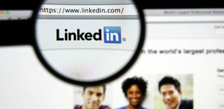 How to Write a Killer LinkedIn Headline