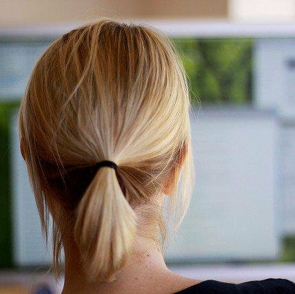 Side Hustle: 5 Ways to Score Freelance Gigs