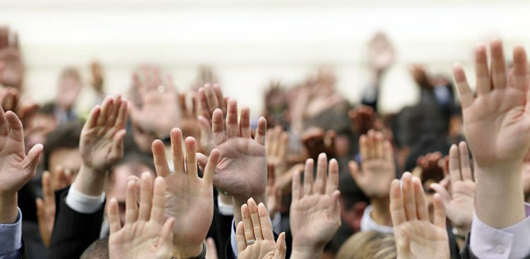 Ask These 14 Questions to Stand Out at Every Event You Attend