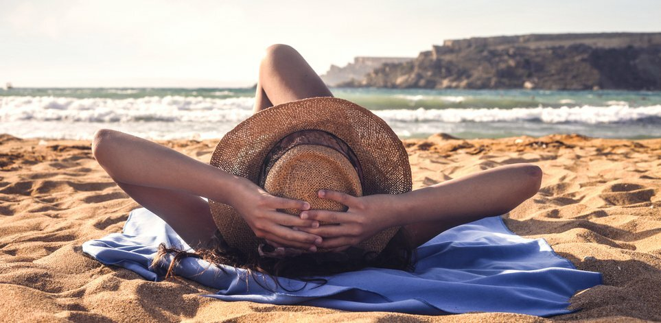 """How to Get Over """"Vacation Guilt"""" and Actually Enjoy Your Time Off"""
