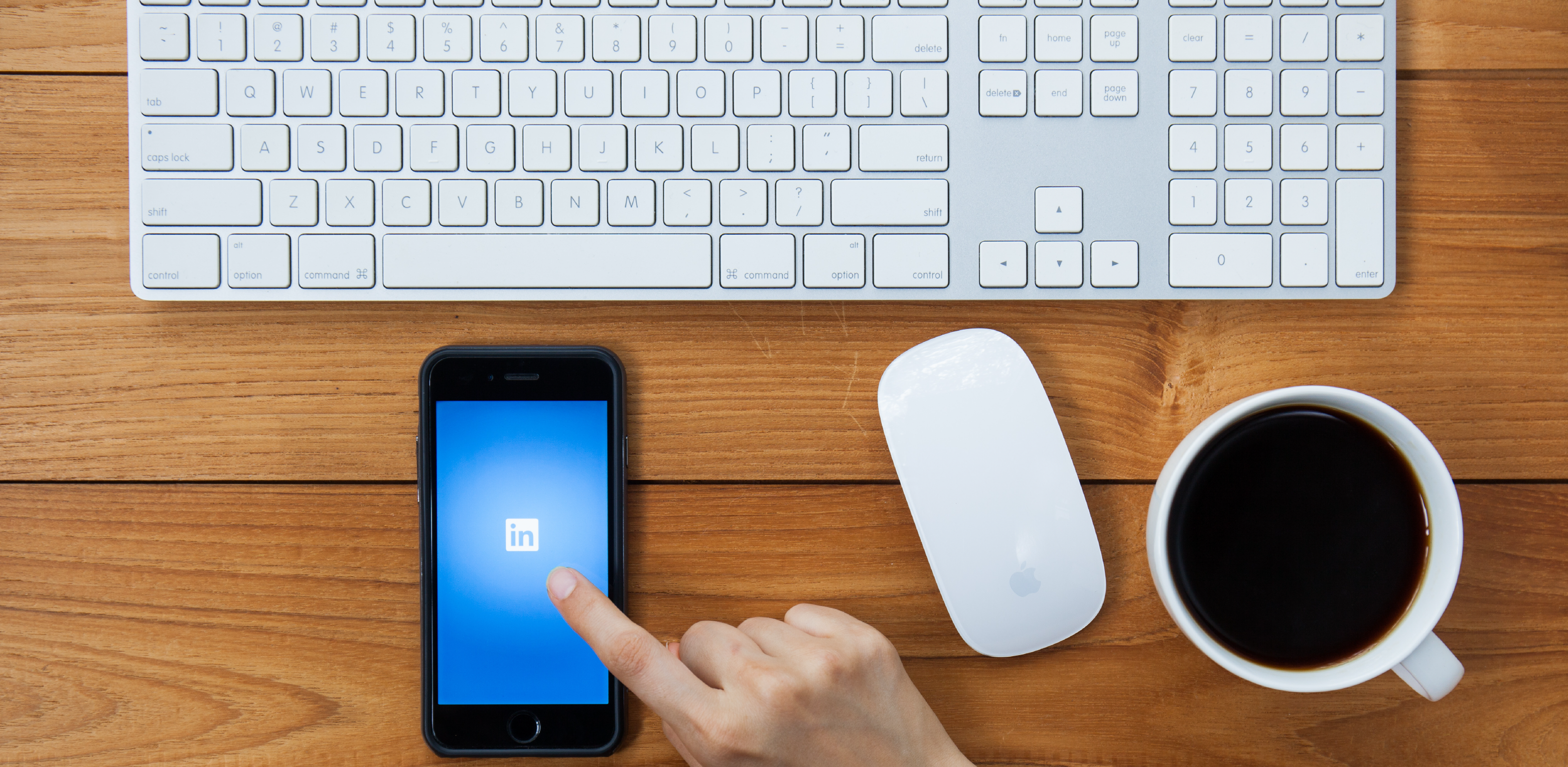 5 Small Things That Make Recruiters Leave Your LinkedIn Profile (and Never Come Back)