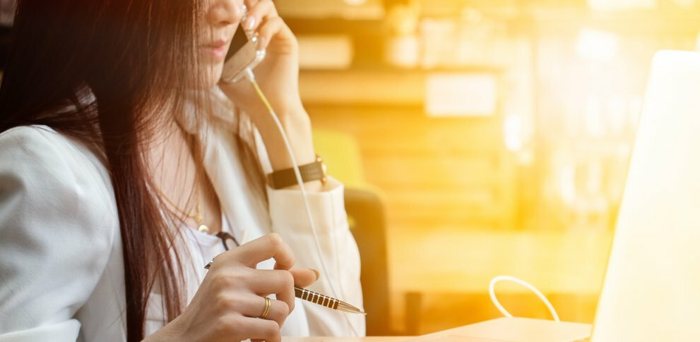 6 Times You Still Need to Pick Up the Phone to Get Something Done