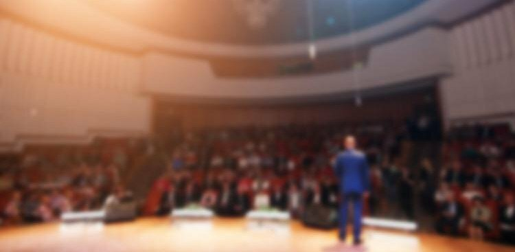 3 Public Speaking Rules to Follow if You Want to Sound Like a Seasoned Pro