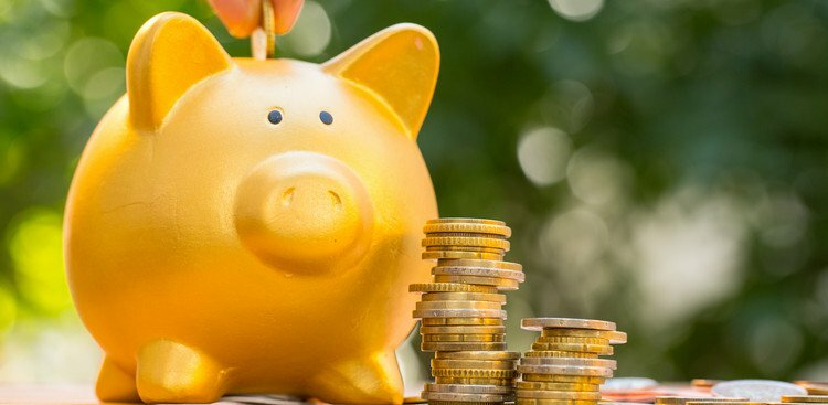 Here's How Much Money You Should Realistically Have in Your Emergency Savings