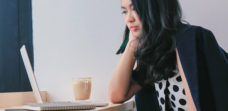 7 Practical Reasons Introverts Seem So Indecisive