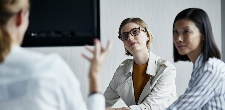 Nervous to Correct Your Boss? This 5-Step Guide Makes it Way Less Scary