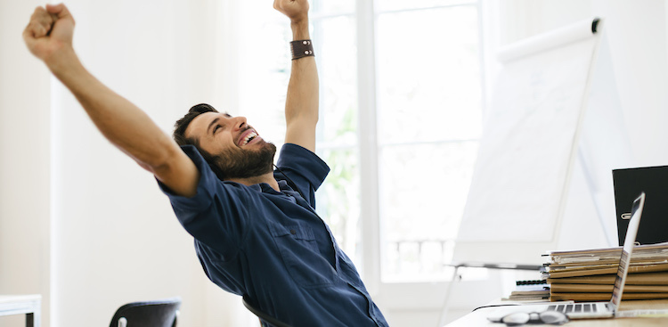 4 Expert-Backed 10-Minute Distractions if You Need to Not Think About Work for a While