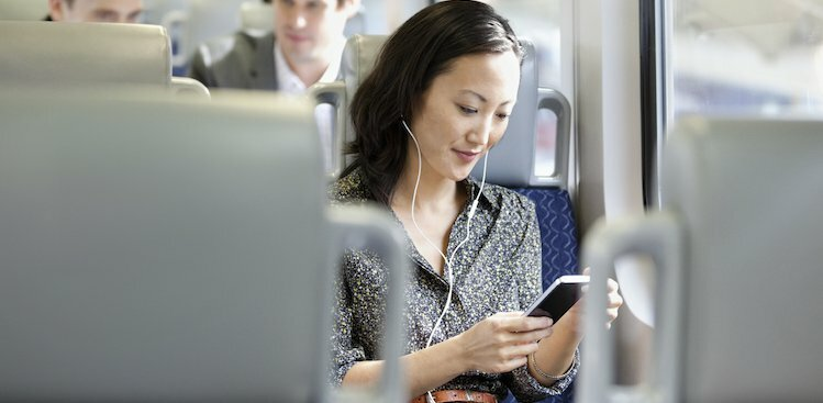 6 Things You Can Do on Your Commute to Feel Better About Work