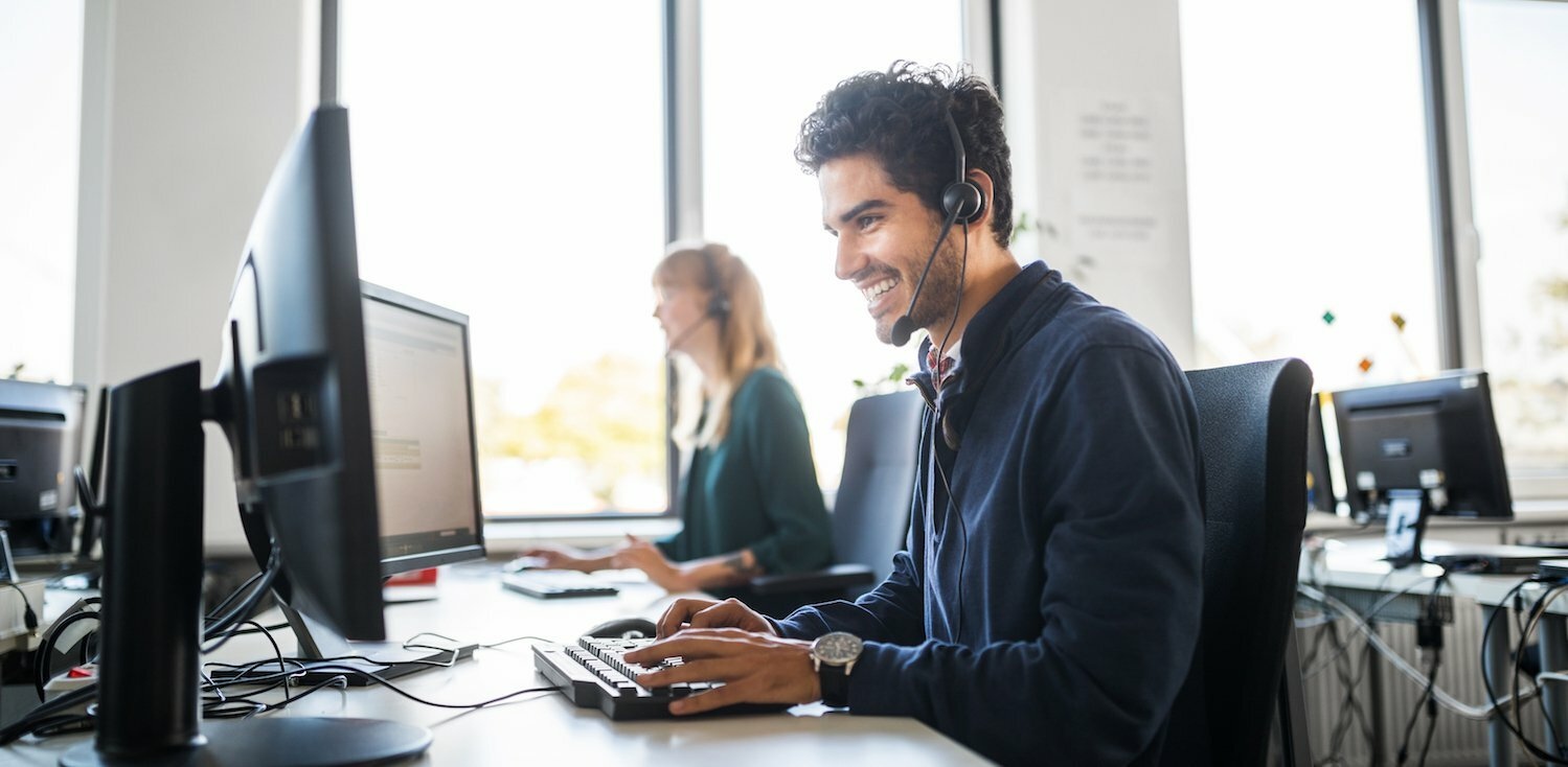 2 Customer Service Pros on How to Keep People Happy