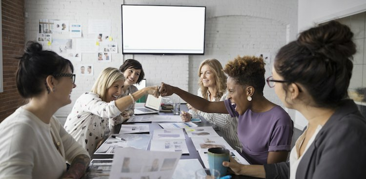 How to Empower Your Co-Workers (And Make the Best Team Ever)