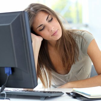 Bored at Work? 4 Productive Ways to Fill the Time