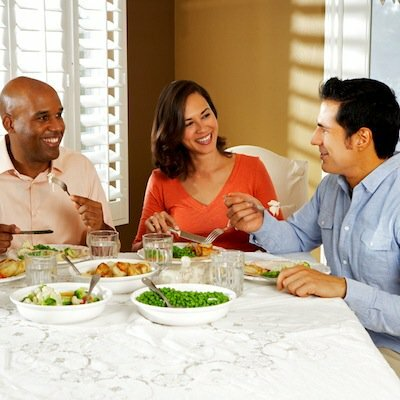 Weeknight Hosting: How to Have Friends for Dinner After Work