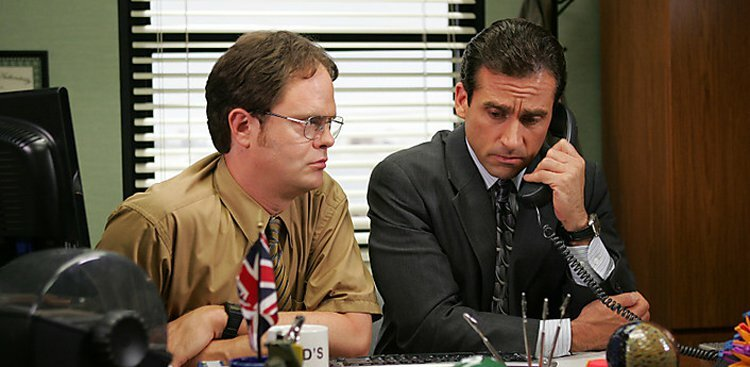 Why Kissing Up to Your Boss Will Make You the Worst Employee Ever