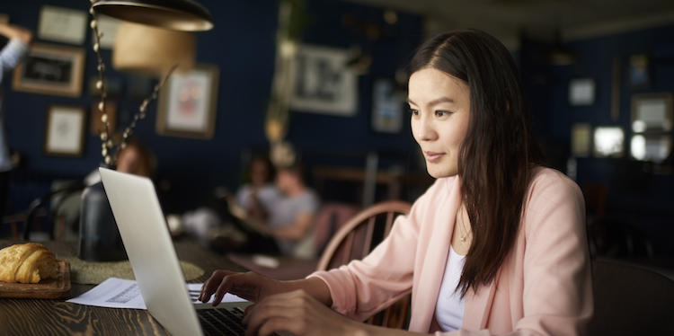 How to Find (and Land!) a Remote Job That's Right for You